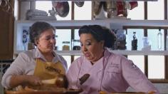 Canela Doña Tere y Chef Rosi peleando en la cocina